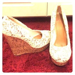 Shoes - Size 7 gently used wedges
